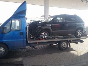 Transport si tractari auto avariat